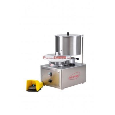 Máquina formadora de hamburguesas. Elabora hamburguesas hasta 130 mm de diámetro. Automática