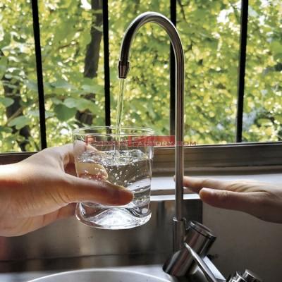 Grifo llenajarras electrónico acero inoxidable para fuente de agua