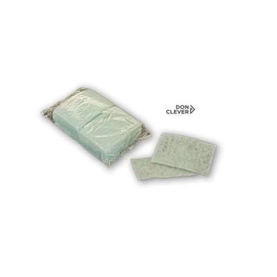 Esponja jabonosa fabricada en fibra, impregnada con jabón dermatológico